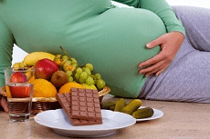 Was darf man in der Schwangerschaft nicht essen?