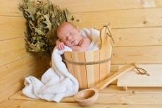 mit Baby in die Sauna